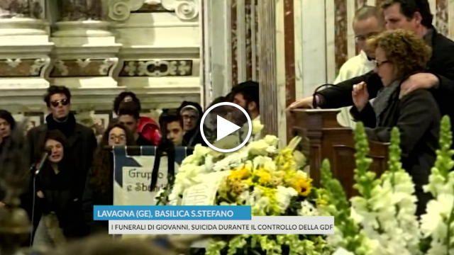 Funerali del ragazzo suicida a Lavagna, il discorso della madre ai giovani