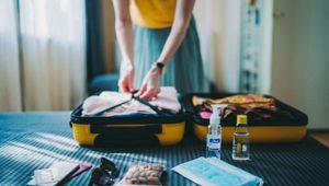 Le medicine da portarsi in viaggio: il kit salva-vacanza