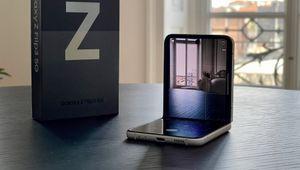 La prova del Samsung Galaxy Z Flip3: lo smartphone pieghevole è diventato adulto