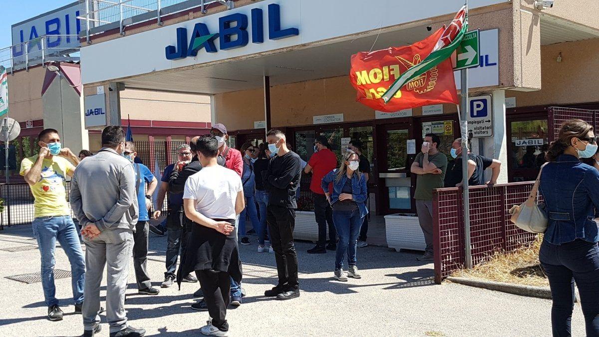 Vertenza Jabil azienda interrompe confronto col ministero rischio 190 operai