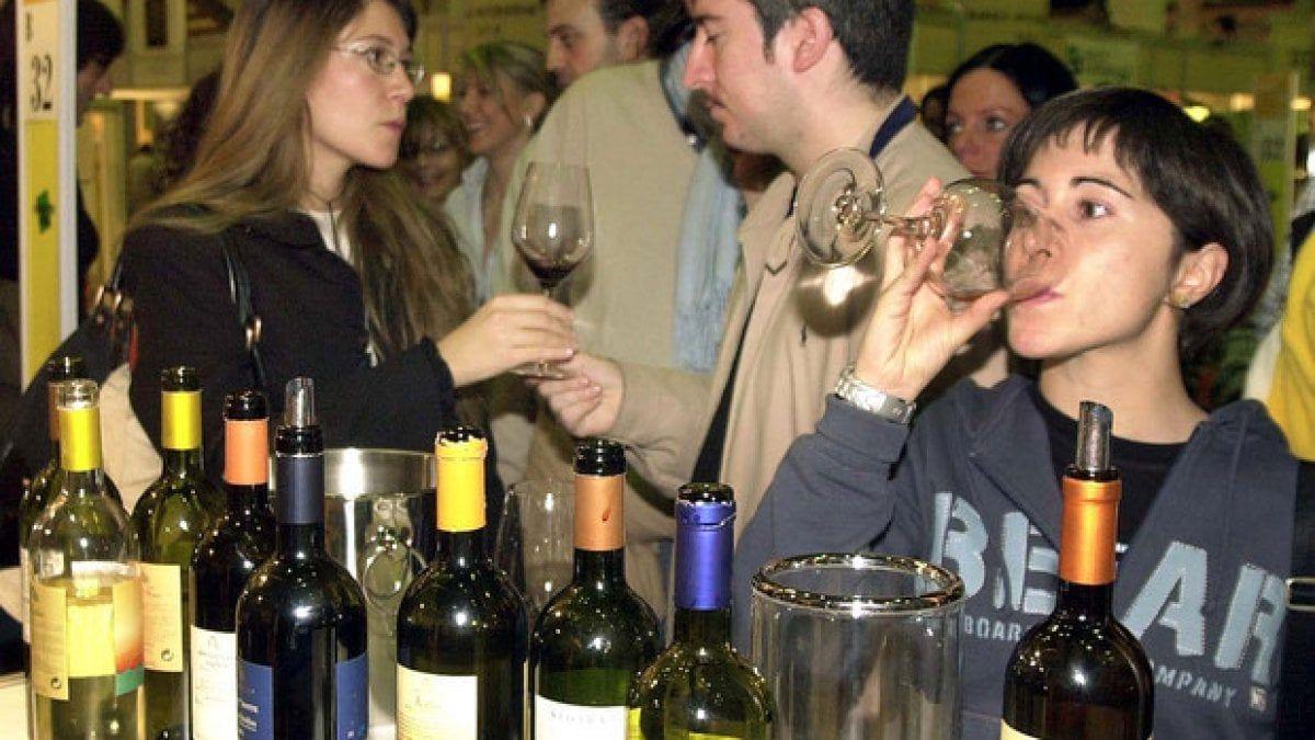 Donne alcol aumentano bevitrici rischio