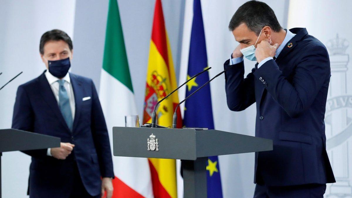 Conte Saranno modificati decreti sicurezza Salvini. sull opposizione ricorda Ecce Bombo