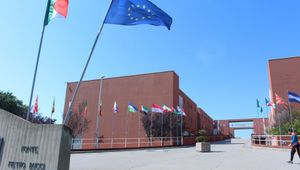Università della Calabria, il campus parla al mondo: nuovi corsi in inglese e la sfida dei medici ingegneri