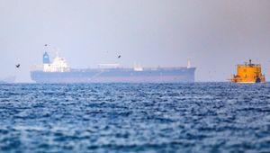 Golfo dell'Oman, nave cisterna dirottata. Sospetti sull'Iran