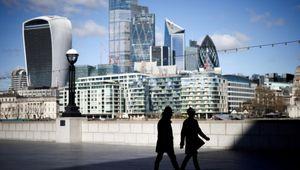 Effetto Brexit, le compagnie telefoniche inglesi reintroducono il roaming
