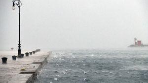 Previsioni meteo: il maltempo si sposta al Centro-Sud. Allerta gialla in sette regioni. Da lunedì una breve tregua