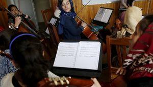 I talebani e l'editto del silenzio: vietare la musica significa negare la vita