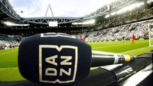 Il calcio secondo Dazn: un abbonato su quattro lo guarda sul cellulare