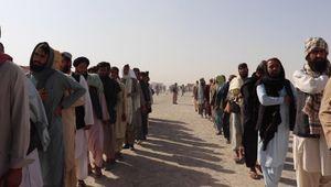 "Afghanistan, l'esodo degli hazara: ""Gli studenti coranici ci massacrano"""