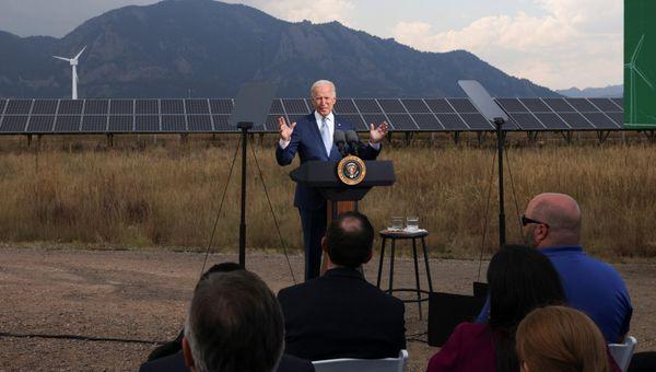 Stati Uniti, Biden: Dai disastri climatici danni per 100 miliardi nel 2021