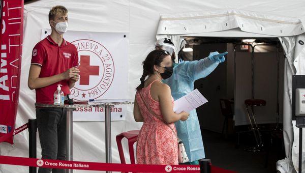 Coronavirus Italia, il bollettino di oggi 27 settembre:  1.772 nuovi casi e 45 morti. Tasso di positività all'1,4%