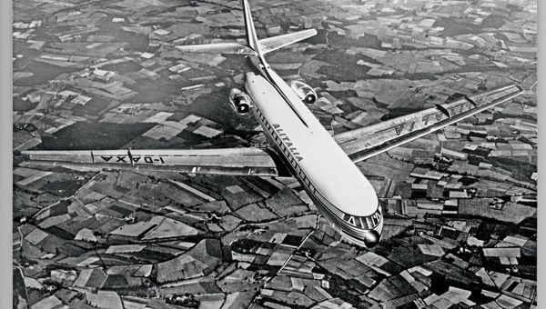 Grazie ad Alitalia un Paese con i piedi per terra ha scoperto che poteva volare