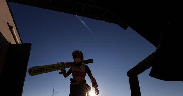 Sport Das bringt der Wintersport am Dienstag Oberstdorf (dpa) - Die Nordische Ski-WM startet in ihre zweite Woche. Während es im Langlaufstadion gleich wieder um Medaillen geht, steht ...