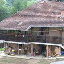 Kad bujica potopi i sprat – lučanska fabrika obnavlja kuće radnicima