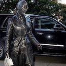 U koži od glave do pete – Kim Kardašijan šokirala neobičnom odevnom kombinacijom