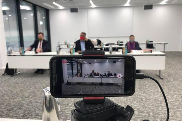 2 Verwaltungsvorstand Live-Stream: Dortmunds Stadtspitze informiert zur aktuellen Corona-Lage
