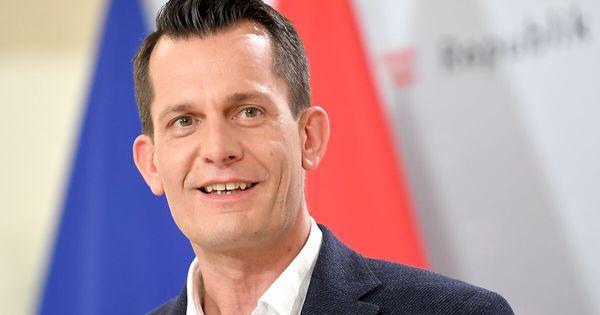 Neuer Gesundheitsminister Wolfgang Mückstein wird angelobt