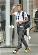 日本、第2戦の会場地入り 本田はリラックス/W杯の代表サムネイル