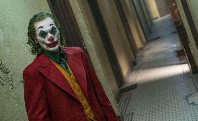 《Joker》:一生都是命,半點不由人。
