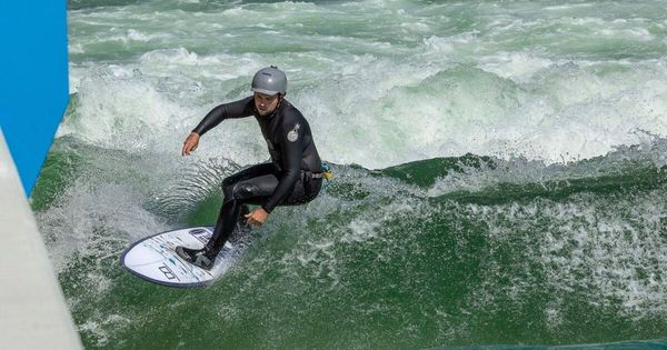 The Riverwave auf der Traun: Wellenreiten ohne Brandung
