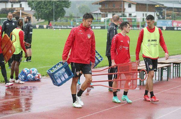 Talent des VfB Stuttgart: Ömer Beyaz singt wie unter Dusche
