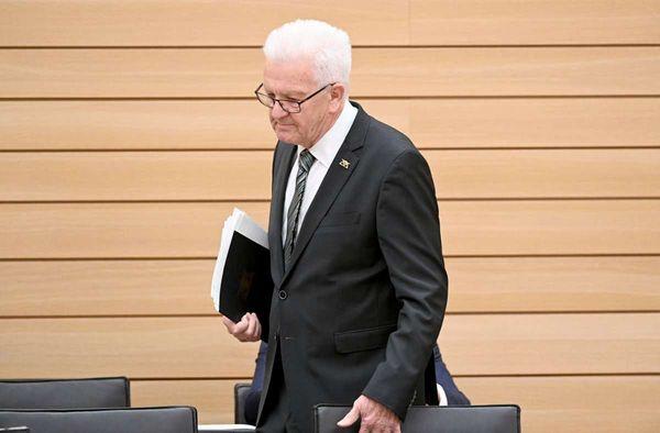 Coronavirus in Baden-Württemberg: Kretschmann warnt vor der Delta-Variante