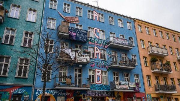 Brandschutz-Begehung der Rigaer 94: Widerstand angekündigt