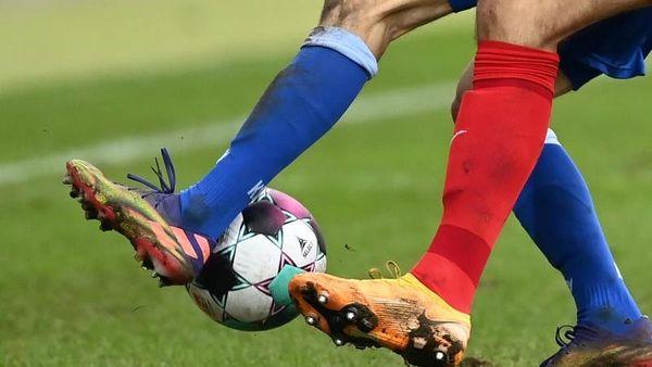 VfB Stuttgart besiegt Bielefeld 5:2: Führich verletzt