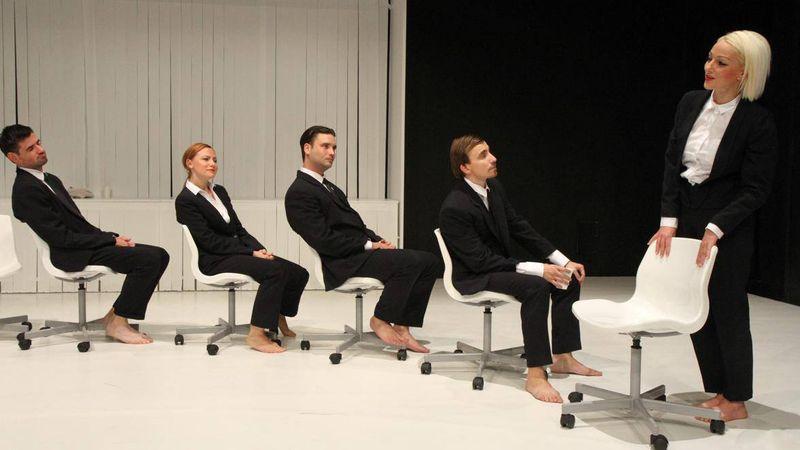 A következő évadban minden dunaújvárosi egészségügyi dolgozónak ingyenes lesz a színház