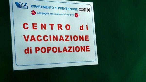 La seconda dose ritardata del vaccino Covid e il piano aggiornato di Figliuolo