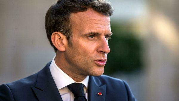 Condannato l'uomo che ha preso a schiaffi Macron