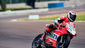 Ducati celebra Troy Bayliss: nasce la Ducati Panigale V2 Bayliss 1st Championship 20th Anniversary