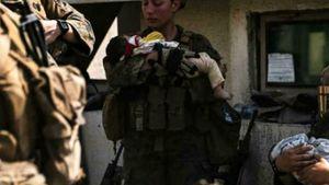 Nicole Glee, la marine che cullava il bimbo tra le vittime dell'attentato di Kabul