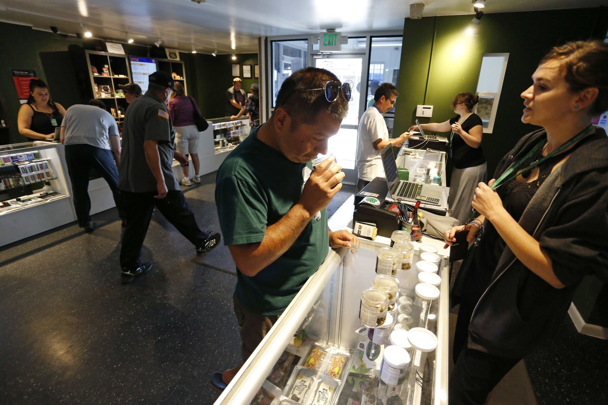 If President Trump wants to help American businesses, he should start by legalizing marijuana
