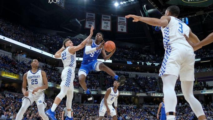 【史上最強NCAA球隊?杜克三星首場比賽血洗第二種子肯塔基】