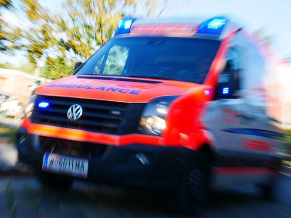 Wien-Leopoldstadt: Pensionistin (70) erlitt bei Unfall mit Pkw Beckenbruch
