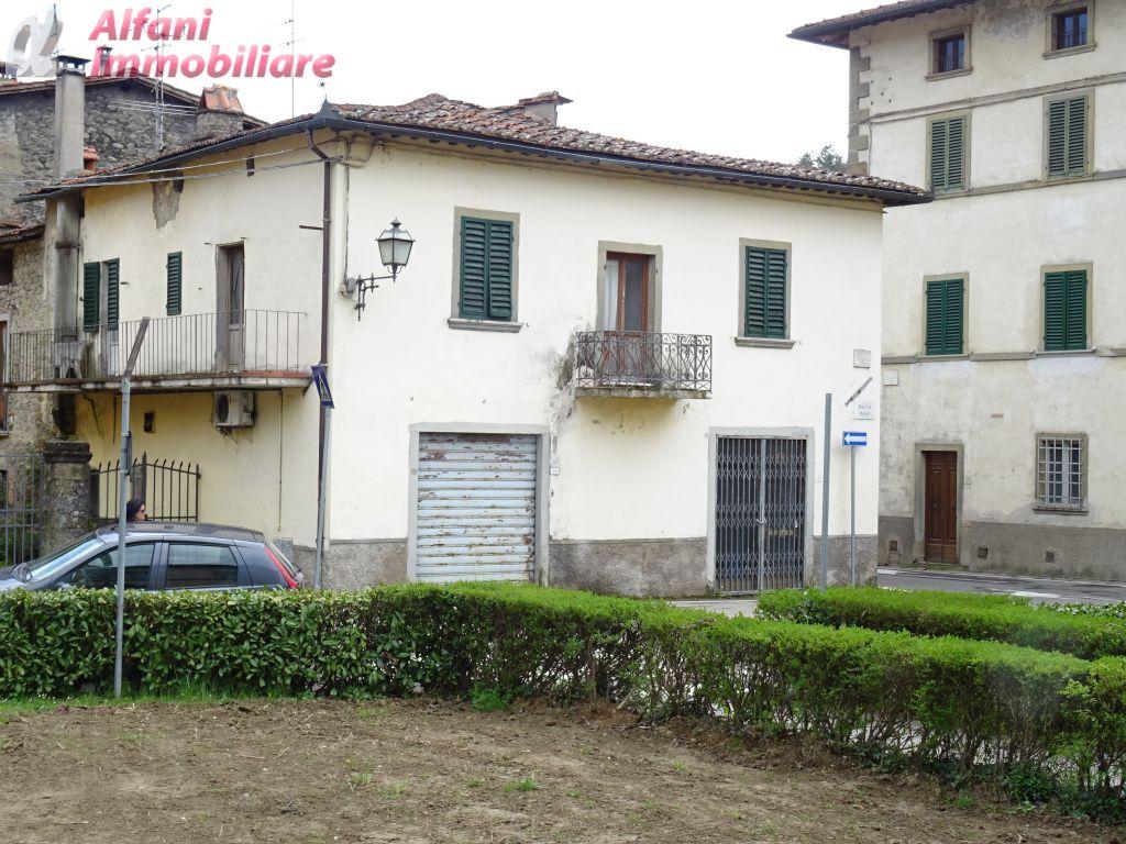 Casa Semindipendente in Vendita CASTEL SAN NICCOLO'