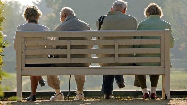 Kommt die Rente mit 70? Experten fordern höheres Rentenalter