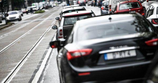 Verkehrsversuch zu Tempo 30 auf der Corneliusstraße in Düsseldorf [WZ+]