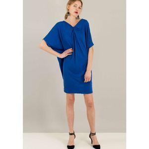 Φόρεμα με σχέδιο κόμπο.