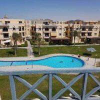 شاليه دور اول على حمام السباحة في ستيلا سيدي عبد الرحمن الساحل الشمالي