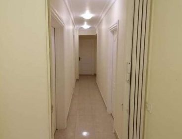 Apartment For Rent Semi Furniture in Beverly Hills 220 Sqm