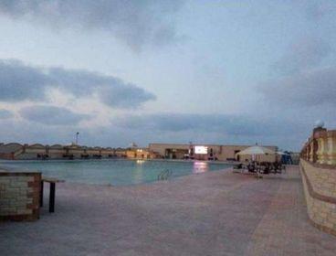 شاليه مميز على البحر باجمل القرى بالساحل