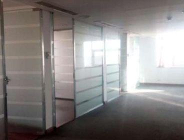 مكتب للايجار بموقع مميز بالمعادى للشركات