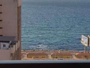 مقر ادارى مفروش 150م على البحر للشركات
