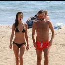 ФОТО: Александра Амброзио во бикини ужива на плажите во Лос Анџелес
