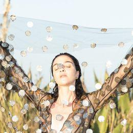 O εμβληματικός οίκος Valentino δημιουργεί την πρώτη του beauty συλλογή