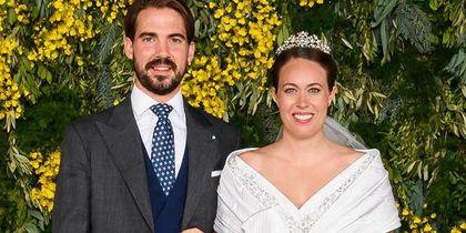 Πρίγκιπας Φίλιππος – Νίνα Φλορ: Οι εντυπωσιακές προσκλήσεις και οι μπομπονιέρες του γάμου τους