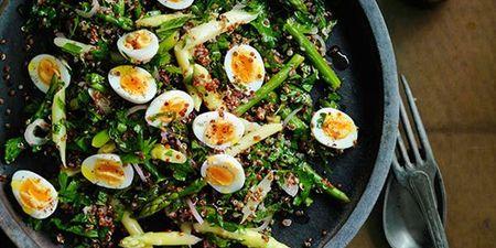 Η super θρεπτική σαλάτα που θα σε βοηθήσει να ξεφουσκώσεις