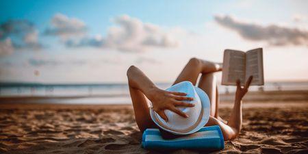12 βιβλία με τα οποία θα ταξιδέψεις μακριά αυτό το καλοκαίρι